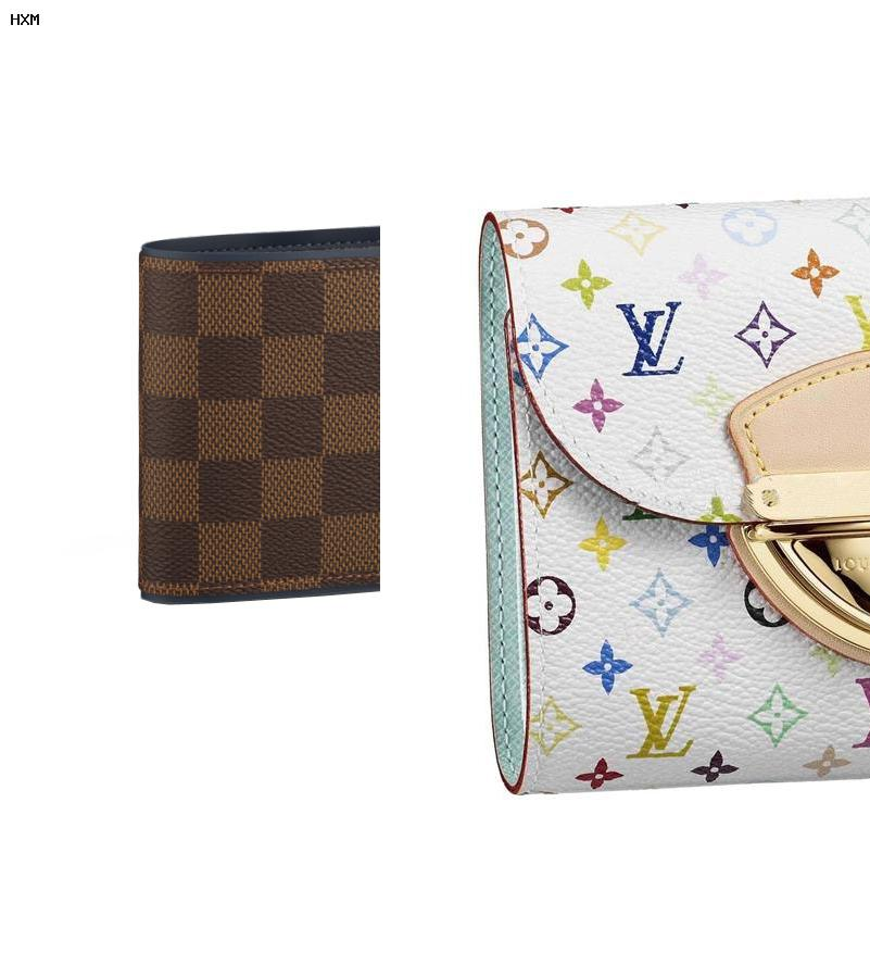 louis vuitton vernis key pouch pomme d amour